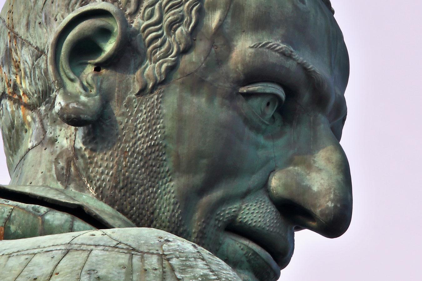 Colosso di San Carlo Borromeo, il volto